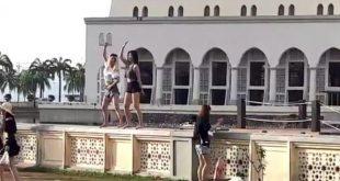 Video Turis Joget di Depan Masjid Kinabalu Bikin Geger
